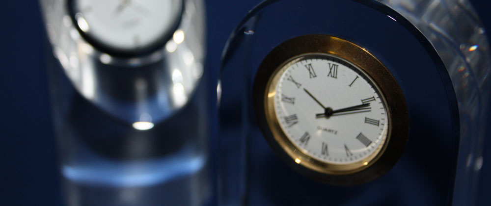 crystal glass table clocks