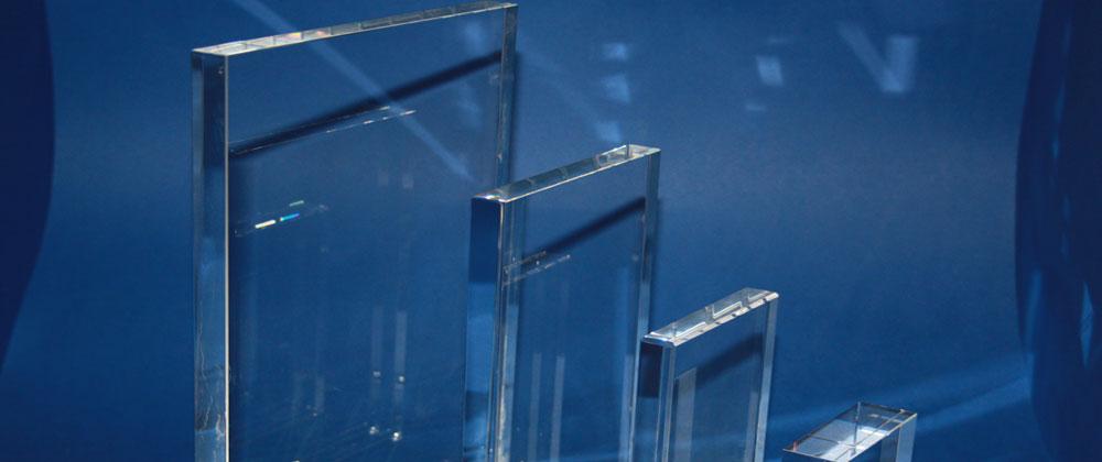 Flaches Kristallglas