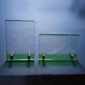 Grüner Kristallglasrahmen